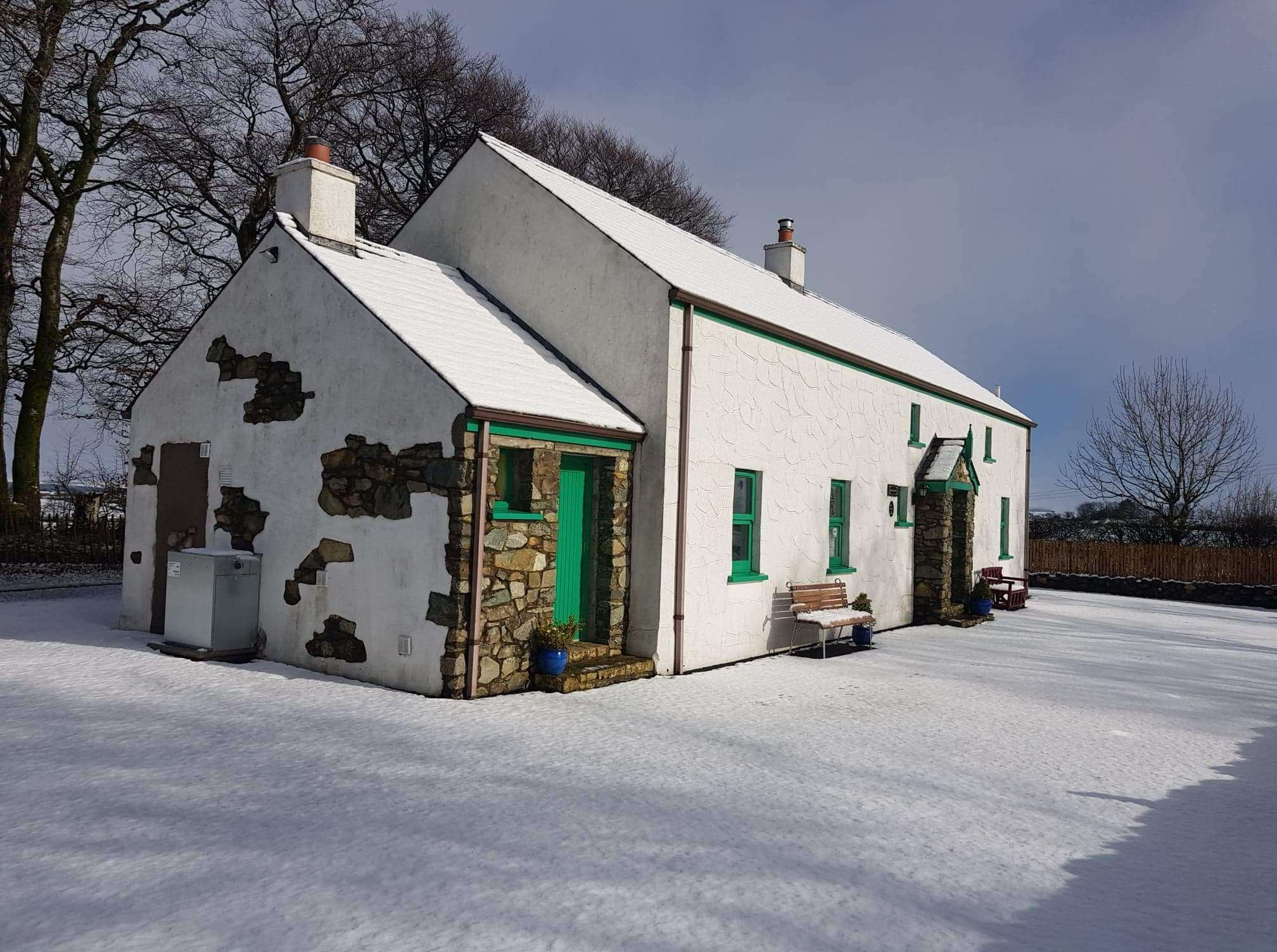 Drumaneir cottage in the winter